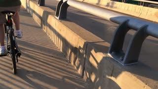 Extreme Slow Motion Bike Rider 3625