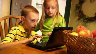 Kids with Laptop 894