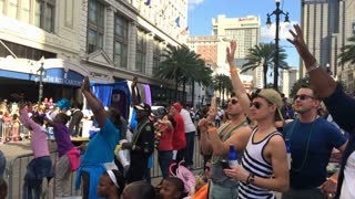 People Beg for Beads from Passing Mardi Gras Parade Floats 4089