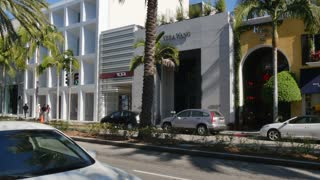 Rodeo Drive Establishing Shot