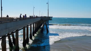 Venice Beach Pier Establishing Shot