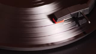 Record player playing in slowmo