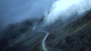 time lapse video of foggy landscape and mountain scenery