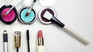 Make-up Set -slider shot