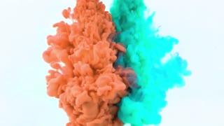 Underwater paint smoke