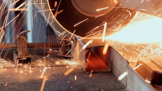 Metal Grinding Machine With Sparks