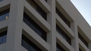 MODERN OFFICE EXTERIOR ESTABLISHING SHOT  4K, 10 bit, 400 Mbps
