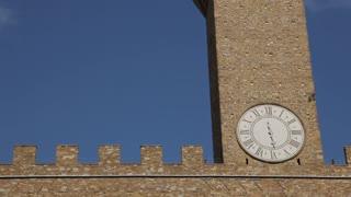 MH LA TU Clock Tower of Palazzo Vecchio / Florence, Italy.