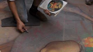 MH TD Street Artist Painting on Sidewalk / Florence, Italy