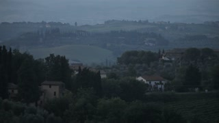 WS Countryside at dusk / Tuscany, Italy