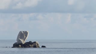 WS Giant rocks sticking out of ocean / Indonesia