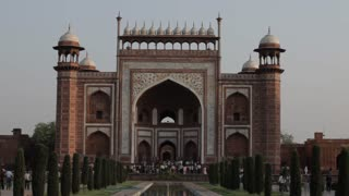 WS Great Gateway to Taj Mahal / Agra, India