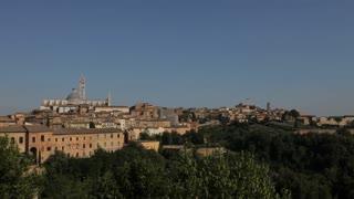 WS HA LD Old Town Skyline / Tuscany, Italy