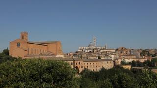 WS HA PAN Old Town Skyline / Tuscany, Italy
