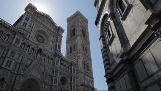WS LA DS Santa Maria Del Fiore Cathedral with Sun Flare / Florence, Italy