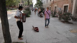 WS LD Man Playing Accordion in Street / Venice, Italy