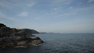 WS LD Rocky Cliffs near Sea / Cornwall, England, UK