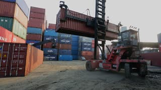 WS PAN Forklift in container yard / Singapore