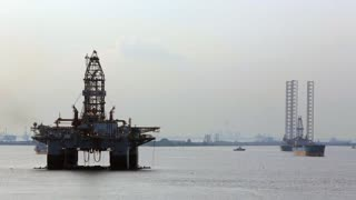 WS PAN Oil rig at sea / Singapore
