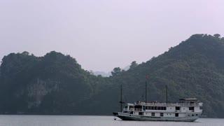 WS PAN Passenger boat in Ha Long Bay / Vietnam