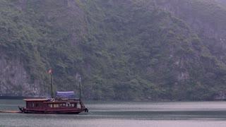 WS Traditional Junk boat in Ha Long Bay / Vietnam