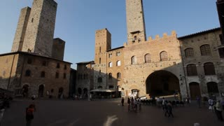 WS TU Buildings at San Gimignano Piazza / Tuscany, Italy