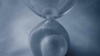 hourglass close up 4k