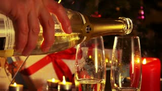 Merry Christmas - Pouring champagne from the bottle - 4 k