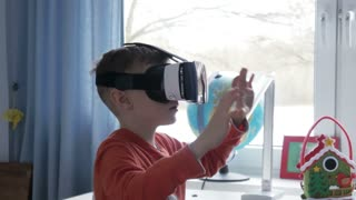 Roller coaster simulation in virtual reality glasses - 4k
