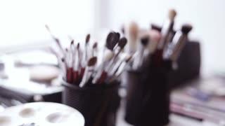 Brush and eye shadow makeup tools