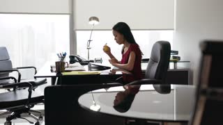 7 Secretary With Tablet PC Thinking And Playing Anti Stress Ball