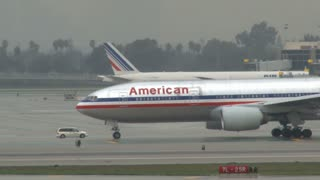 American Airlines Heading To Terminal