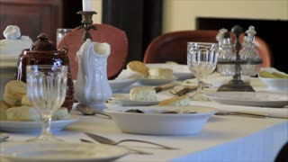 Appomattox house, dining room with place settings