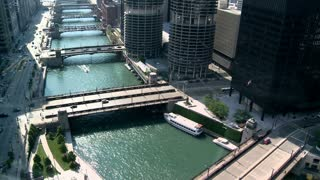 Beautiful Chicago Bridge Timelapse