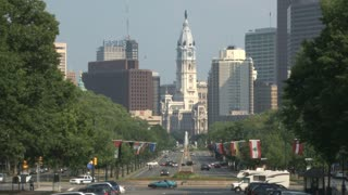 Benjamin Franklin Parkway and City Hall 3