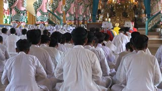 Cao Dai Worship Bow