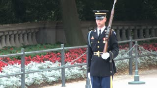 Changing of the Guard at the Tomb of the Unknowns 5