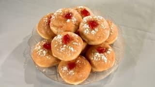 Hanukkah doughnuts dish, Jewish food