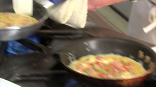 Chef Makes a Delicious Omelet 7