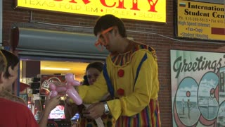 Clown Entertaining Kids on Ocean City Boardwalk 2