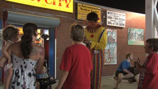 Clown Entertaining Kids on Ocean City Boardwalk