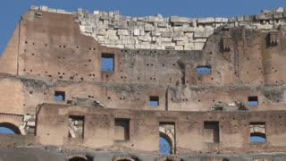 Colosseum Walls Panning