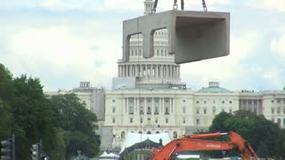 Concrete Block Lowered in Front of Capitol Building