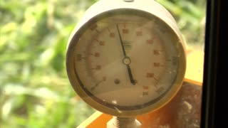 Corn Harvesting Machine Pressure Gauge