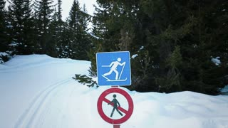 Cross-country skiing signboard