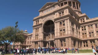 Crowd for SXSW Outside Austin Capitol
