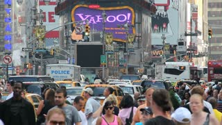 Crowds and Traffic in Times Square