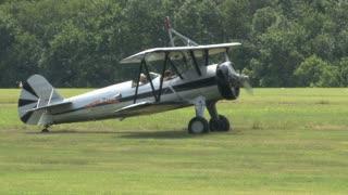 Flying Circus Plane Idling