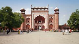 Gateway entrance to the Taj Mahal, UNESCO World Heritage Site,  Agra, Uttar Pradesh state, India, Asia