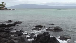 Green Water by Hawaii Rocks